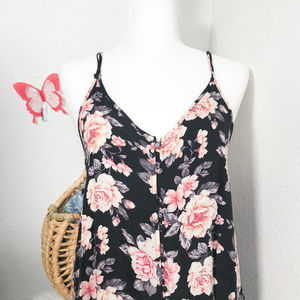 American Eagle Outfitters Size M  Pink Flowers